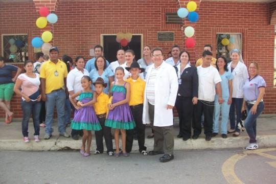 Equipo de Papelon en la vacunacion de la Americas 6986
